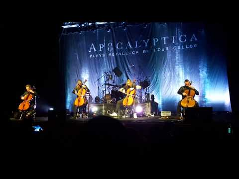 Apocalyptica Live in Uruguay 2017 - Enter Sandman & Master of Puppets