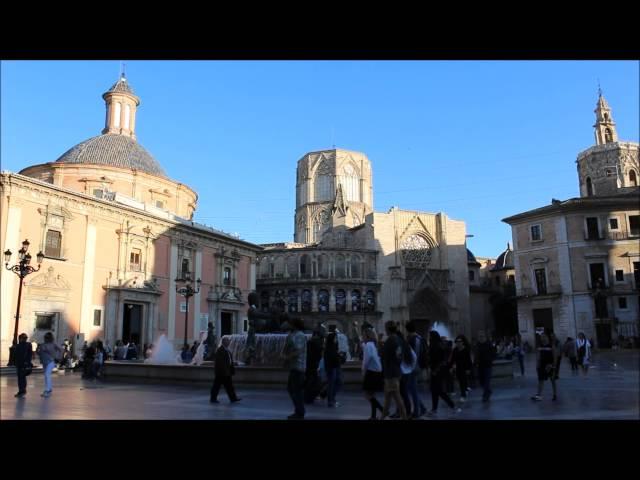 La plaza de la virgen, València