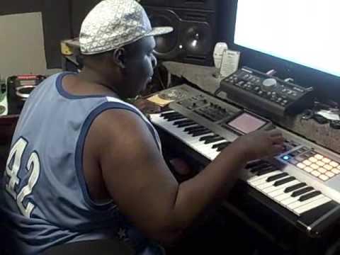 DJ TITANIK IN THE STUDIO