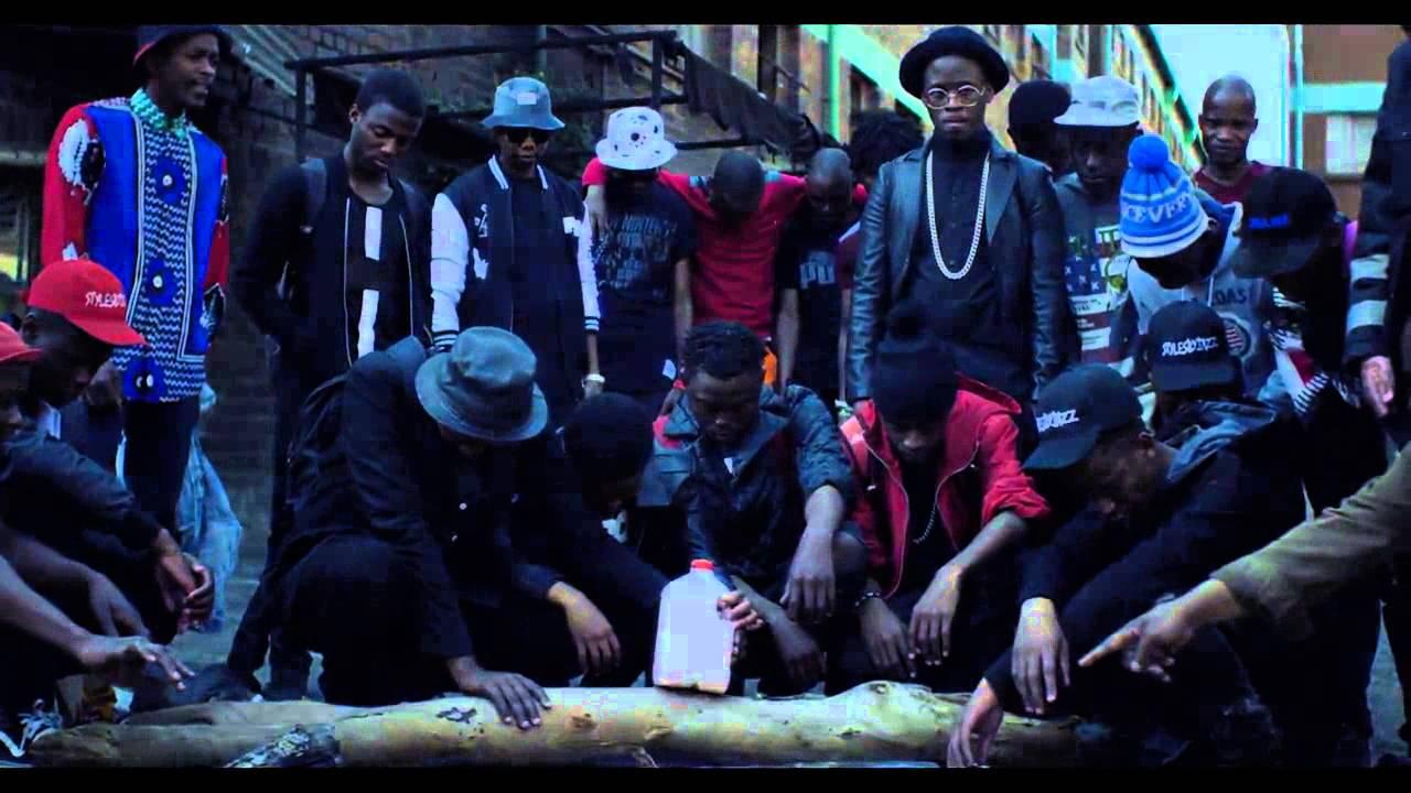 Download Mashayabhuqe KaMamba feat Okmalumkoolkat   Shandarabaa, Ekhelemendeh Official Video
