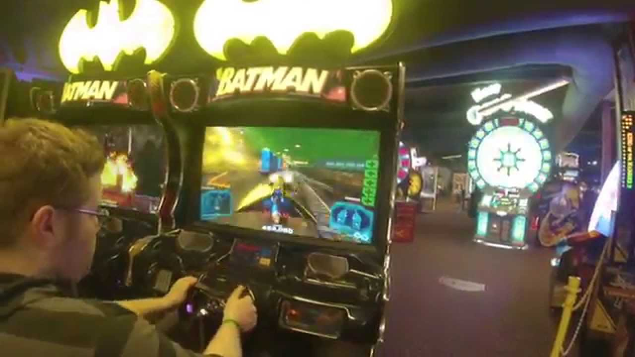 Kalahari big game room arcade batman game youtube for Big game room