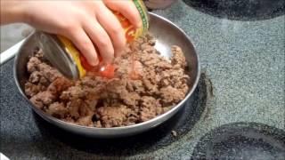 Elise Makes Taco Salad