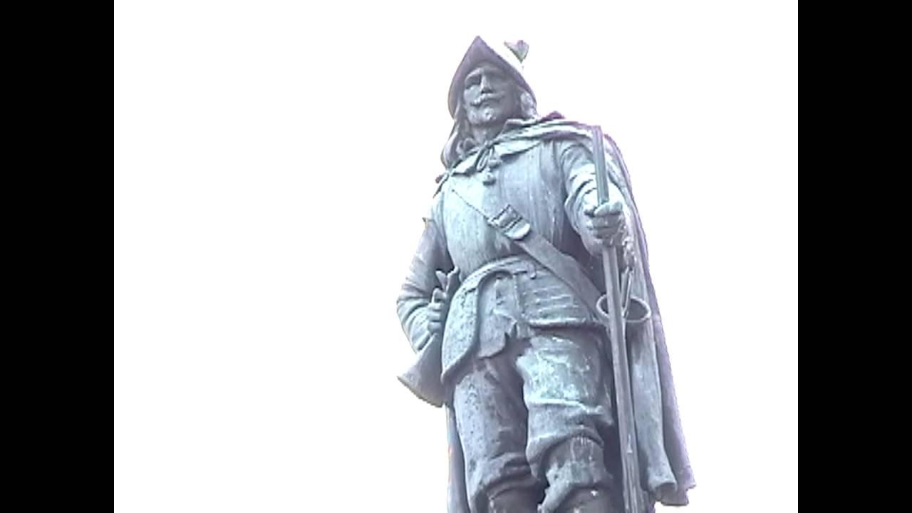 OLC - Plattsburgh's Champlain Monument  9-25-09