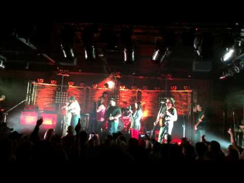 Kevin Fowler - On Stage Soldier Reunion