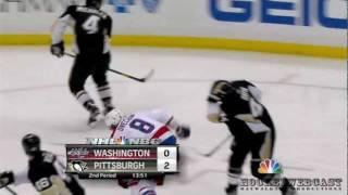 НХЛ. Хит Овечкина. «Вашингтон» -- «Питтсбург» (3:4 ОТ)(Во втором периоде матча «Питтсбург» — «Вашингтон» (4:3 ОТ) Овечкин провел силовой прием против Михалека,..., 2012-01-23T18:23:10.000Z)