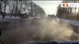 Потоп на Шефской из-за коммунальной аварии