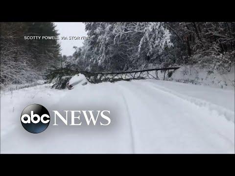 Massive winter storm blasts Southeast