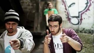 Koljah & NMZS - Kommentarfeld (Antilopen Gang)