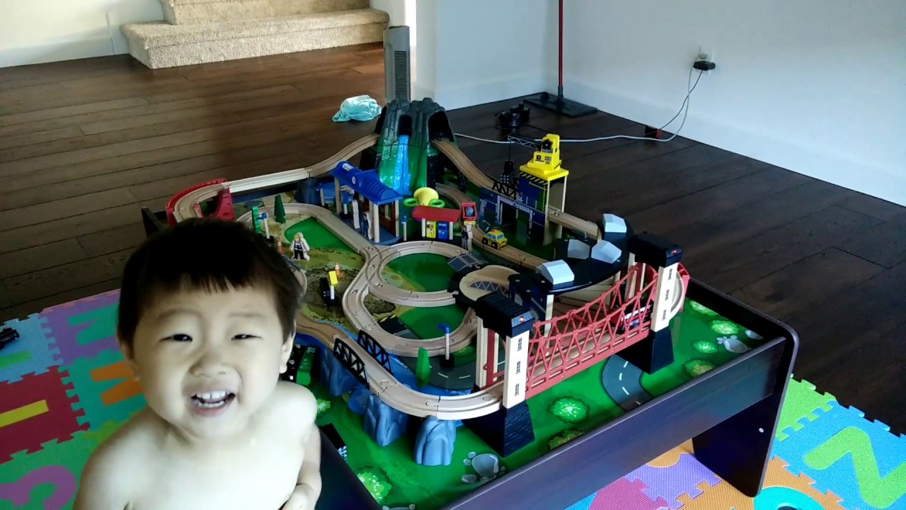 Imaginarium 100+ Piece Mountain Rock Train Table - YouTube