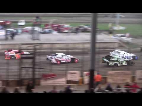Davenport Speedway Sport Mod Heat Race 2