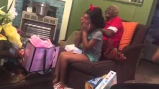 Naieya wilder Christmas surprise