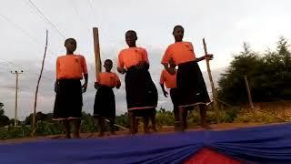 5-9-18 Musana Students Perform at Crusade