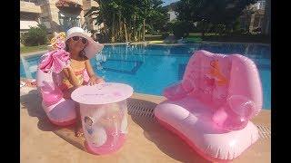 Disney Prenses Koltuk sehpa takımı havuzda açtık, Sindirella, Bella, Arora, Pamuk prenses