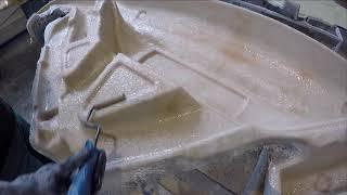Ruční výroba ze sklolaminátu - Manual production of glass-fiber parts