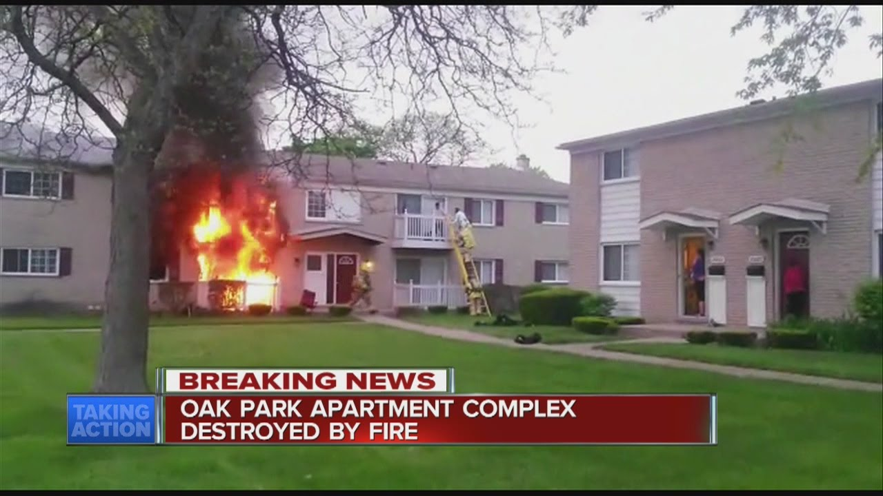 Oak Park apartment fire - YouTube