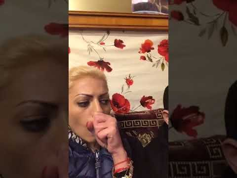 Nicoleta Guta luata crunt la misto de o femeie