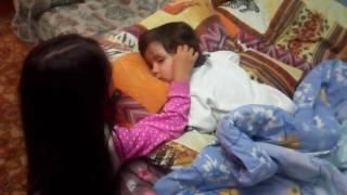 Маленькая няня. Колыбельная для малыша. Как дети засыпают.Little nanny.A lullaby for the baby.(Маленькая няня.Колыбельная для малыша. Как дети засыпают.Little nanny.A lullaby for the baby. As children fall asleep. дневник,..., 2016-06-01T18:39:49.000Z)