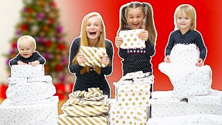OPENING OUR CHRISTMAS PRESENTS EARLY!
