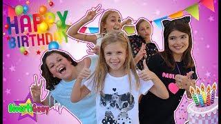 Voy a  la SUPER FIESTA de CUMPLEAÑOS de Daniela The Crazy Haacks | DivertiGuay