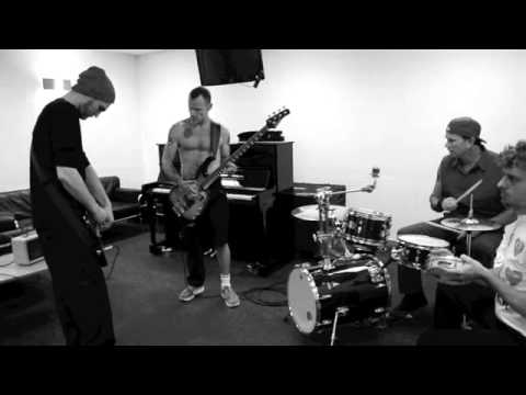 Red Hot Chili Peppers - View From The Road - Cologne [Official Behind The Scenes] Thumbnail image