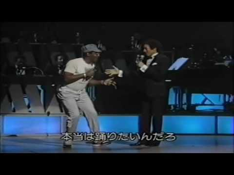 Smokey Robinson - Going To A Go (LIVE in New York) HD