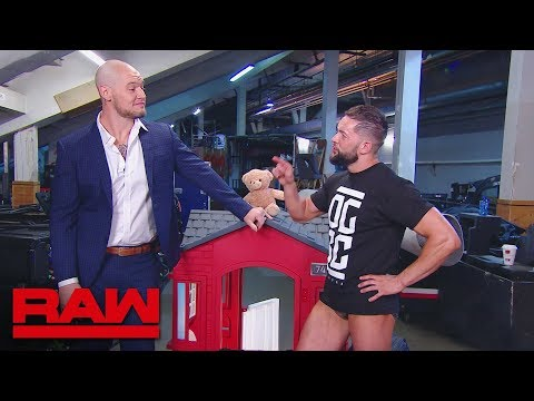 Constable Baron Corbin shows Finn Bálor to his new dressing room: Raw, July 23, 2018