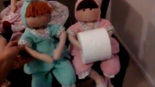 Boneca porta-papel higiênico sem arame – Dee Rosa Artesanatos