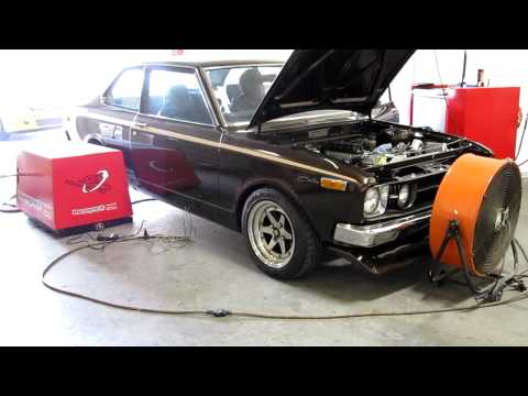 Bisimoto Tuning of old school Toyota Carina, Turbo'd JDM engine
