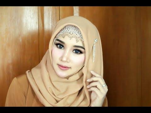 Hijab Wisuda Simple, Cantik,anggun,Mewahz Dan Elegan Dengan Menggunakan Hijab Segi Empat 1.