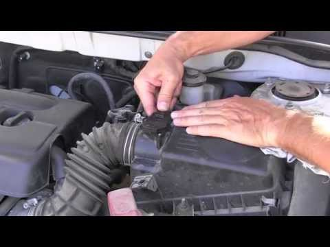 Toyota Corolla Mass Air Flow Sensor Cleaning Youtube