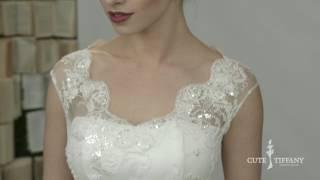 Атласное свадебное платье с карманами