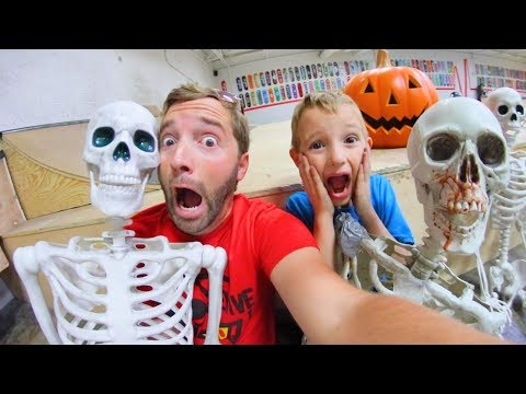 Father & Son BUILD A HAUNTED SKATEPARK!