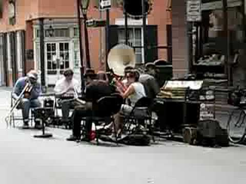 Live music in New Orleans Street