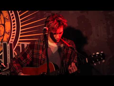 """Houndmouth - """"For No One"""" (Live In Sun King Studio 92 Powered By Klipsch Audio)"""