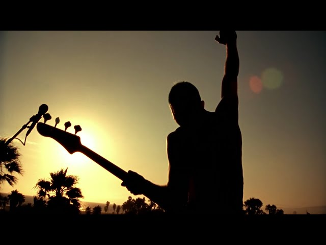 red-hot-chili-peppers-the-adventures-of-rain-dance-maggie-official-music-video-red-hot-chili-peppers