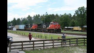 Railfanning Folkston,GA 6/15/17 Pt 1 Ft.F40s,CN,BNSF,CREX,T4s,SD40-3,Triple engine AMTK,+More!
