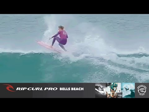 Stephanie Gilmore Vs. Kobie Enright - Round Of 16, Heat 5 - Rip Curl Pro Bells Beach W 2019