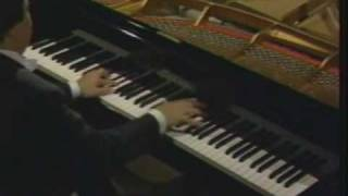 Murray Perahia plays Rachmaninoff Etude Tableaux Op.39 No.5 in E flat Major