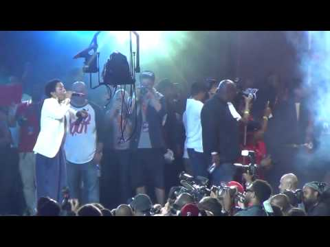 NAS BRING OUT LAURYN HILL AT SUMMER JAM 2012