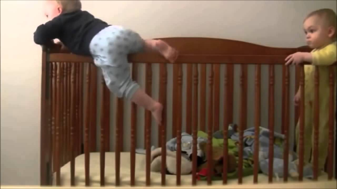 Baby escapes crib youtube - Baby Escapes Crib Youtube 8