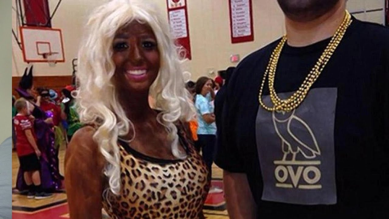 White Teen wears blackface with Nicki Minaj Halloween costume