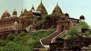 Shree Radha Rani Temple at Barsana, Mathura ! श्री राधा रानी मंदिर यात्रा दर्शन !