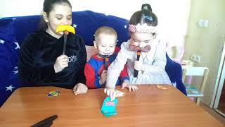Влог: Наша жизнь! ВЕЧЕР Семейных Игр! Смешные дети! Для Детей Kids Children