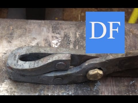 Blacksmithing For Beginners - Forging Tongs in a Basic Shop
