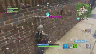 playing fortnite jw and madman and we are try to get a win