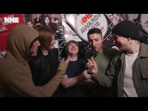 NME AWARDS 2016: Bring Me The Horizon Talk to NME After Trashing Coldplay's Table