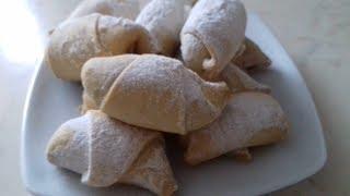 Рогалики с повидлом. Вкусный рецепт рогаликов (миникруассаны)