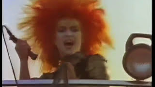 Watch Toyah Thunder In The Mountains video