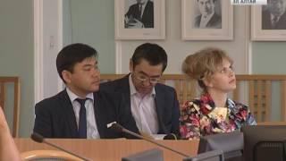 В парламенте РА презентовали документальную хронику о В.И.Чаптынове