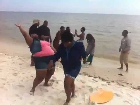 Biloxi Beach Harlem Shake New Orleans Style Youtube